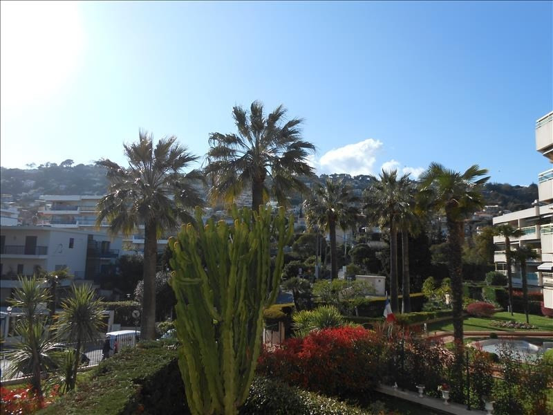 Sale apartment Le golfe juan 214 000€ - Picture 1