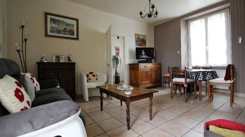 Sale house / villa Clohars carnoet 136500€ - Picture 2