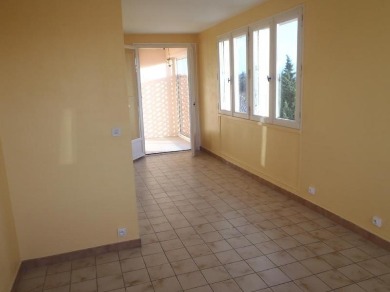 Rental apartment 26200 680€ CC - Picture 2