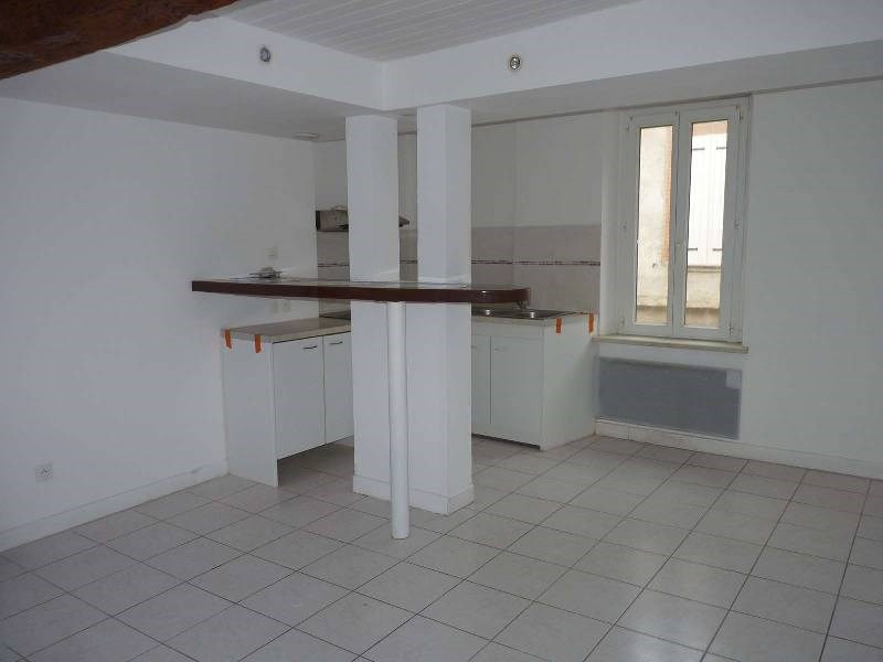 Rental apartment St sulpice 470€ CC - Picture 1