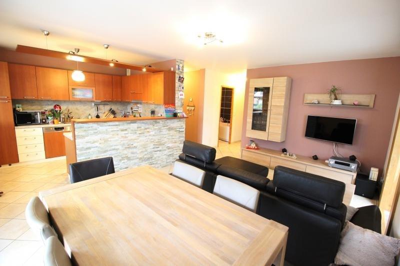 Sale apartment Marignier 230000€ - Picture 3