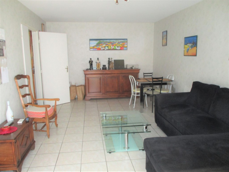 Vendita appartamento Hyeres 212000€ - Fotografia 8