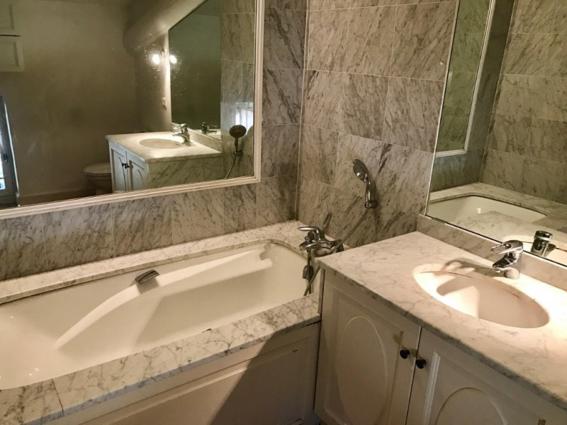 Location appartement Pertuis 1200€ CC - Photo 4
