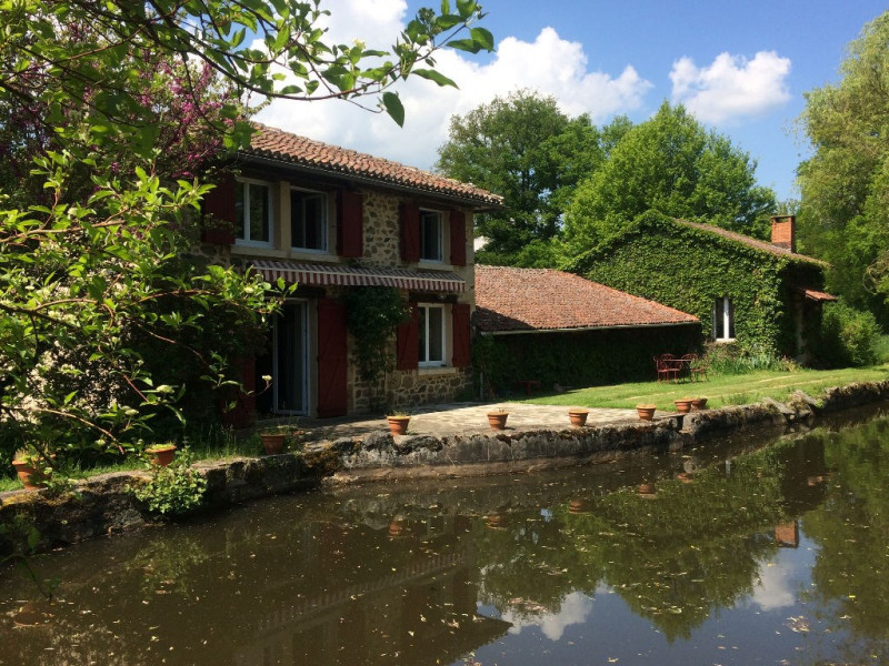 Sale house / villa Meilhac 286 000€ - Picture 1