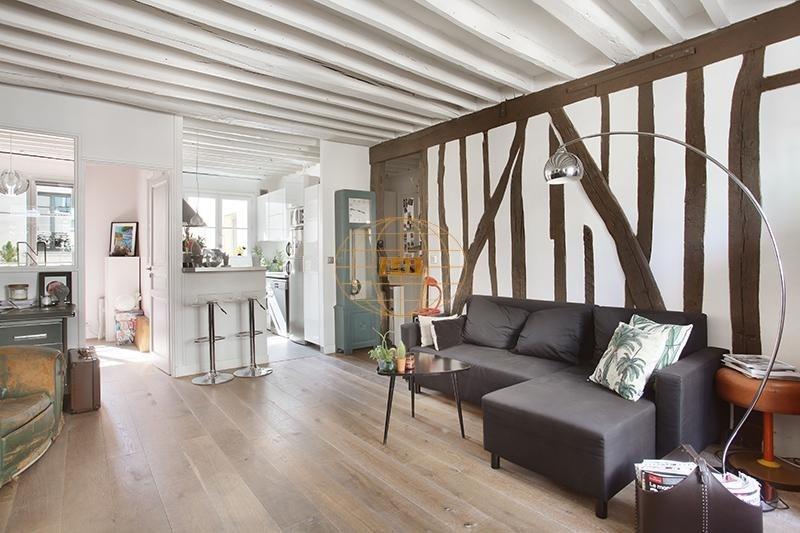 Sale apartment Paris 3ème 830000€ - Picture 3