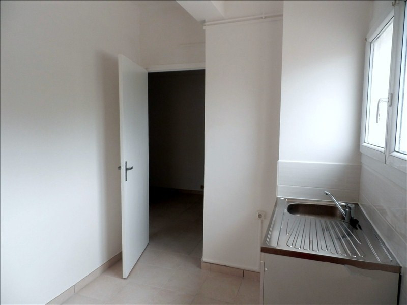 Location appartement Toulon 757€ CC - Photo 4