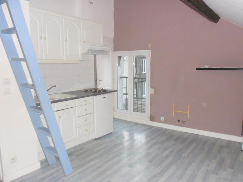 Rental apartment Cormeilles 300€ CC - Picture 1