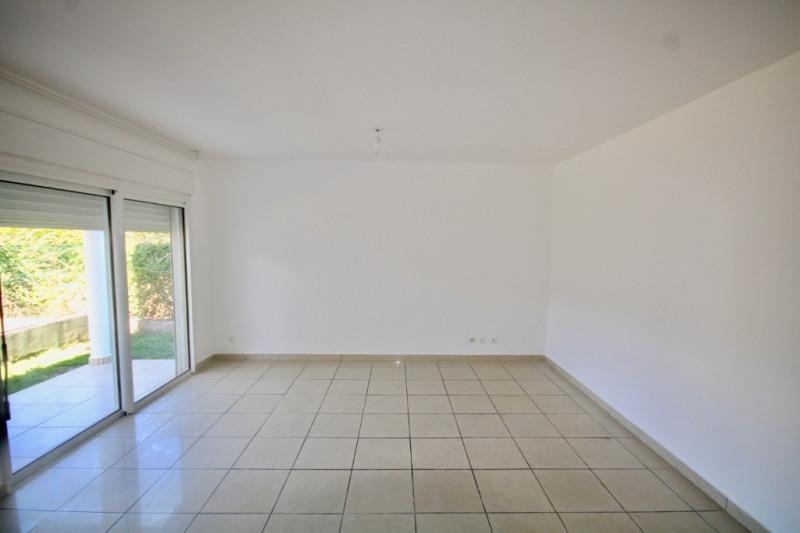 Sale apartment Saint pierre 138430€ - Picture 1