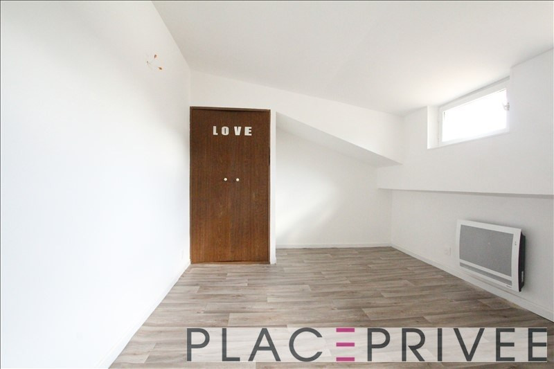 Rental apartment Champigneulles 550€ CC - Picture 4