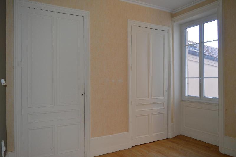 Rental apartment Villefranche sur saône 660€ CC - Picture 4