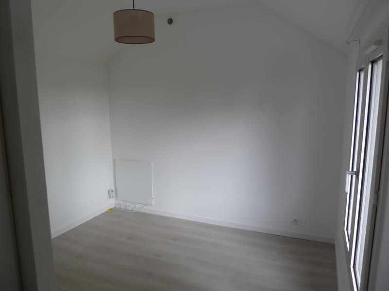 Location maison / villa Andresy 850€ CC - Photo 4