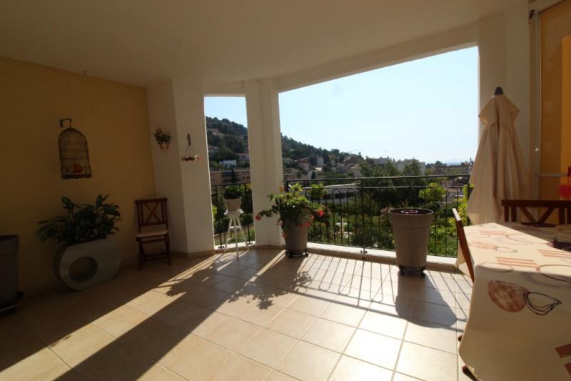 Vendita appartamento Hyeres 480700€ - Fotografia 1