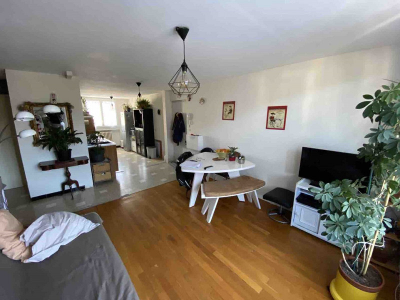 Vendita appartamento Unieux 82000€ - Fotografia 2