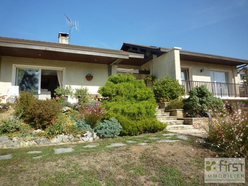 Deluxe sale house / villa Groisy 559 000€ - Picture 1