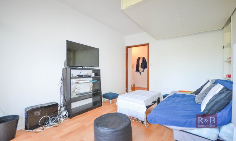 Sale apartment Fontenay le fleury 106000€ - Picture 6