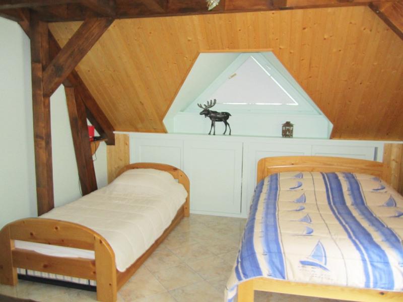 Rental apartment Premanon 1031€ CC - Picture 6