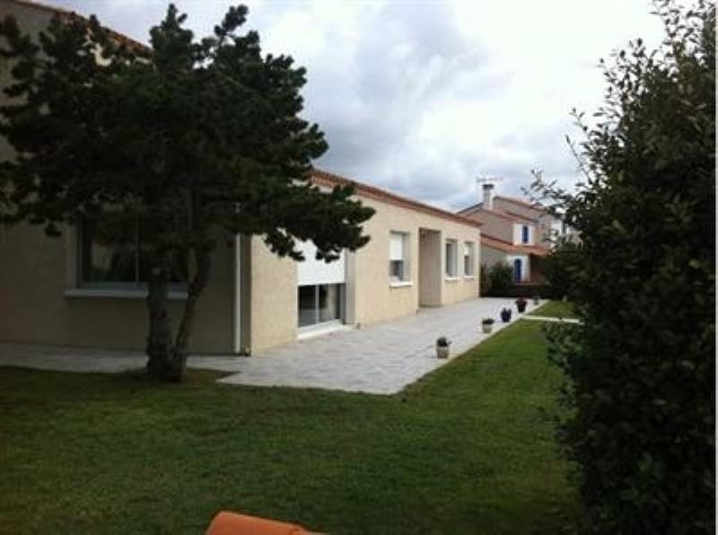 Sale house / villa La tranche sur mer 471000€ - Picture 2