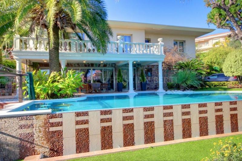 Vente de prestige maison / villa Mandelieu 1390000€ - Photo 9
