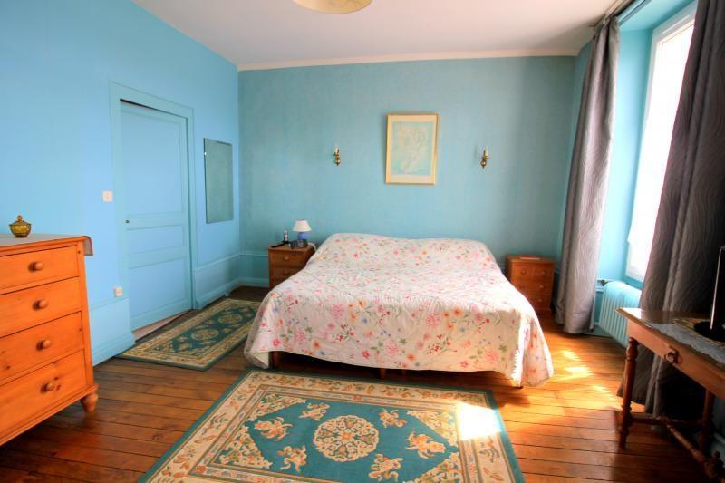 Sale house / villa La chartre sur le loir 232000€ - Picture 9