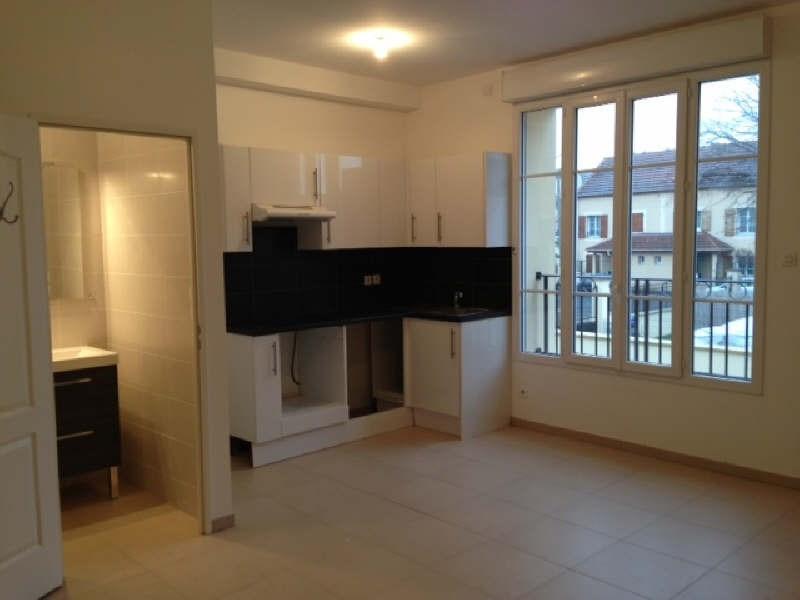 Rental apartment Bezons 800€ CC - Picture 1