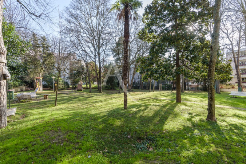 Sale apartment Toulouse 270000€ - Picture 2