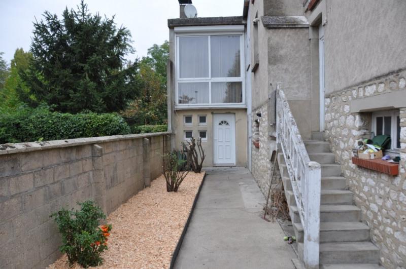 Sale house / villa Montargis 314000€ - Picture 2