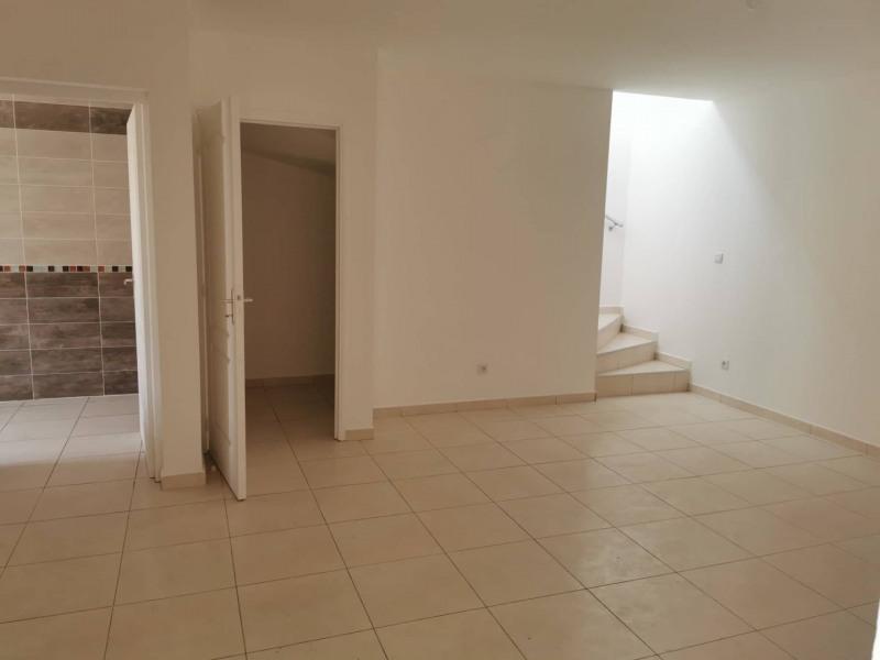Rental house / villa St andre 900€ CC - Picture 3