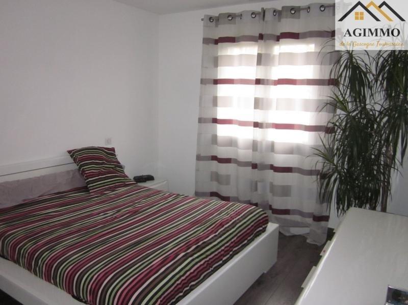 Sale house / villa L isle jourdain 288750€ - Picture 4