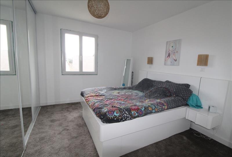 Sale house / villa Elancourt 419999€ - Picture 7