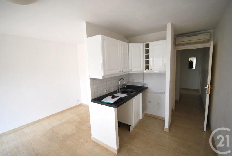Verhuren  appartement Antibes 733€ CC - Foto 3