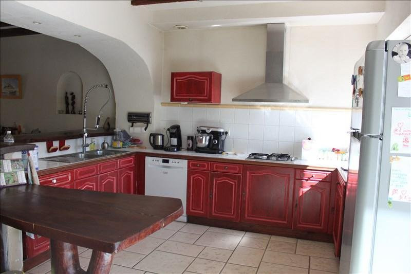 Sale apartment Auberives sur vareze 225 000€ - Picture 3