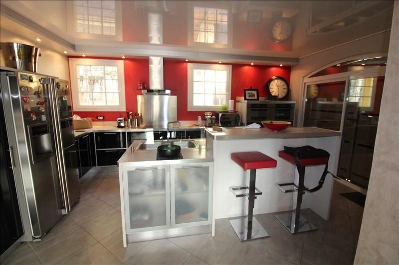 Deluxe sale house / villa Simiane collongue 650000€ - Picture 3