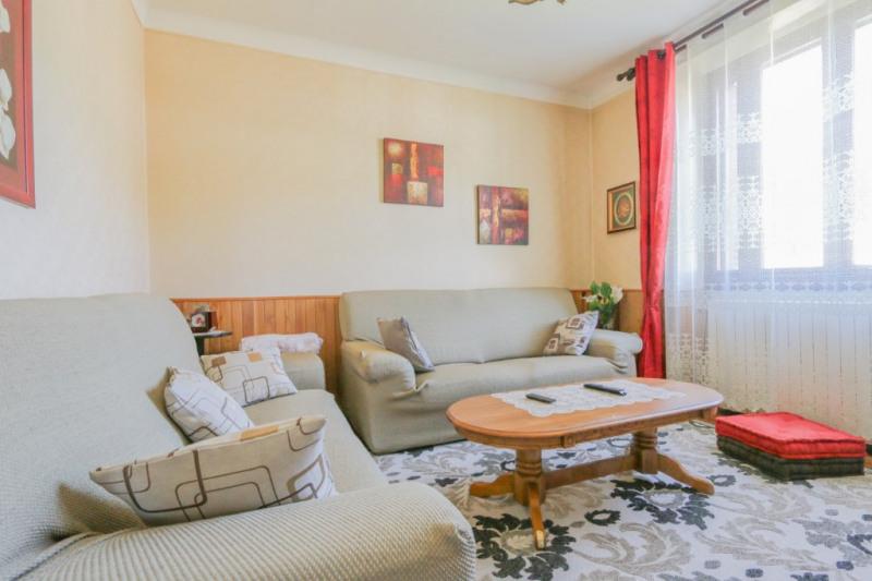 Sale house / villa La ravoire 319000€ - Picture 5