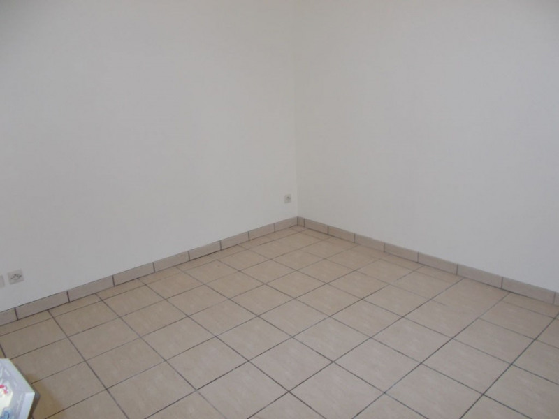 Location appartement Livry gargan 750€ CC - Photo 3