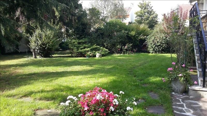 Sale house / villa Franconville 740000€ - Picture 2