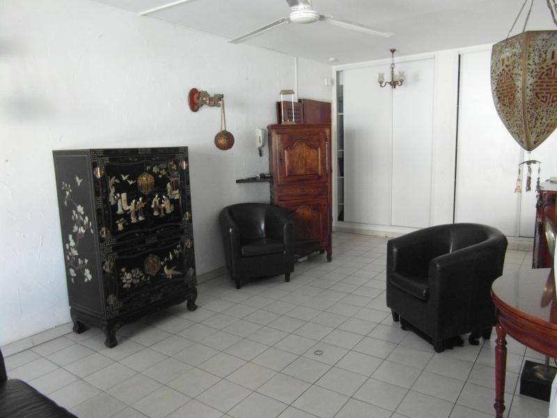 Sale apartment Ste clotilde 110 000€ - Picture 2