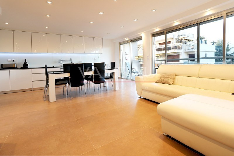 Vente de prestige appartement Juan-les-pins 399 000€ - Photo 10