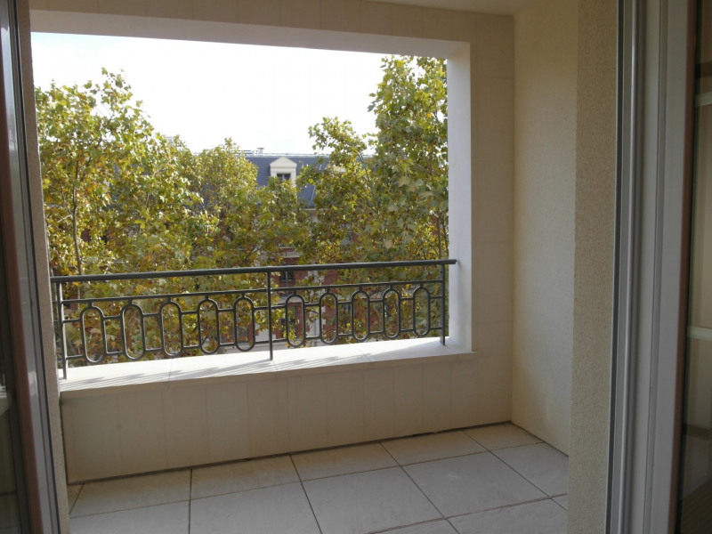 Rental apartment La garenne-colombes 1 268€ CC - Picture 5