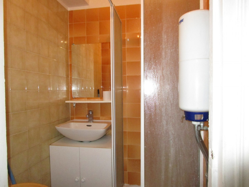 Rental apartment Versailles 725,29€ CC - Picture 5