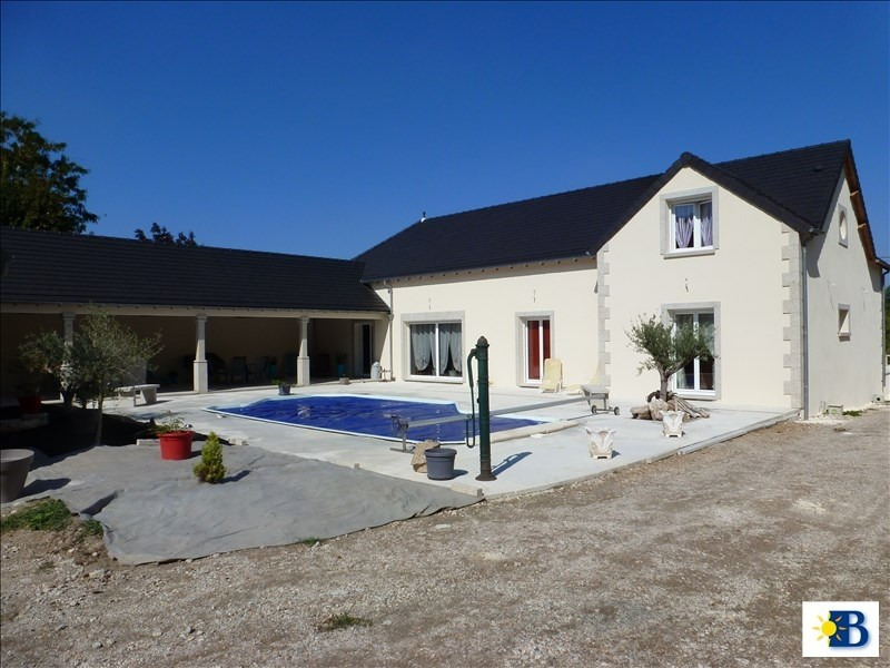 Vente maison / villa Dange st romain 397 100€ - Photo 1