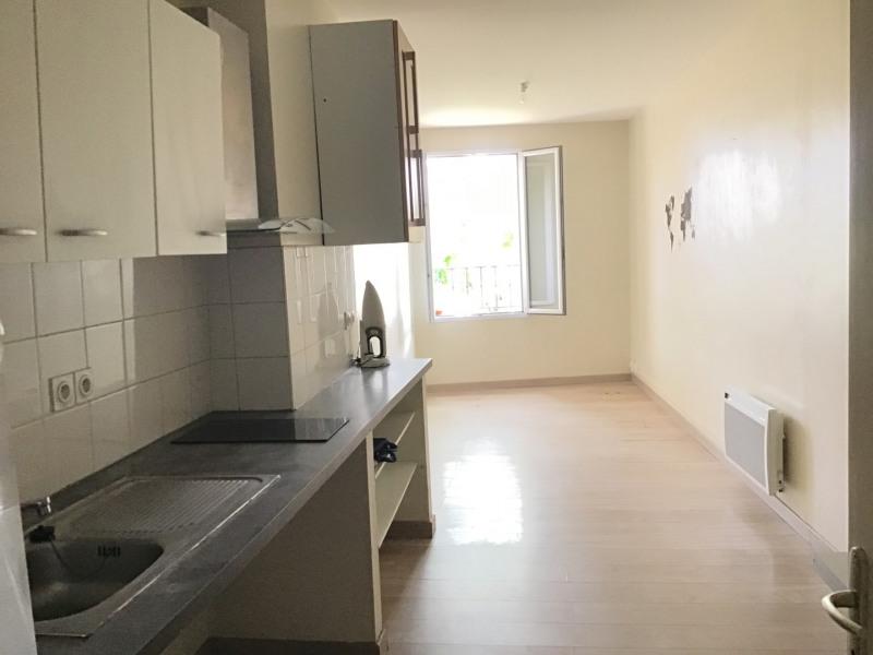 Rental apartment Fréjus 650€ CC - Picture 1