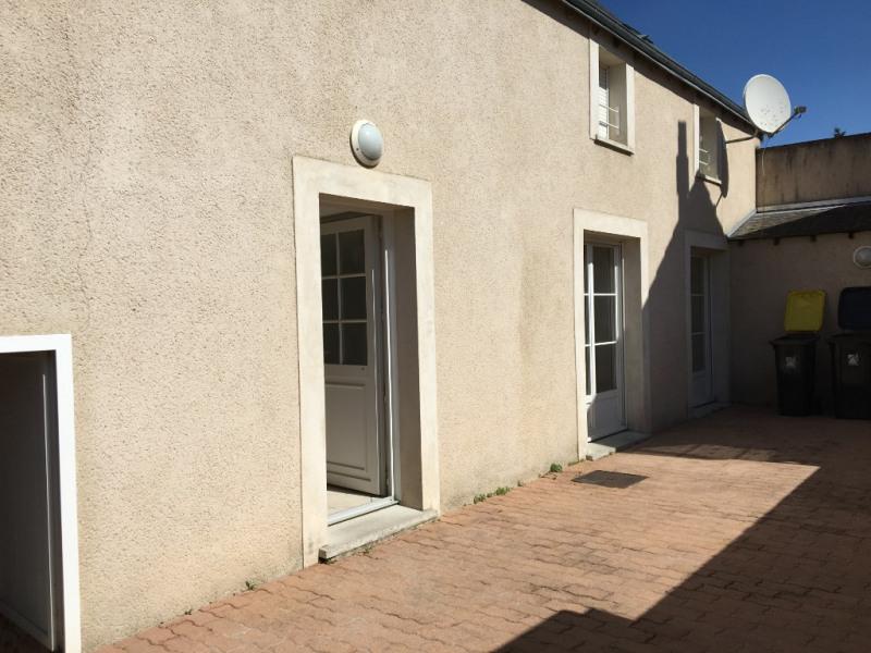 Rental house / villa Leves 890€ CC - Picture 1