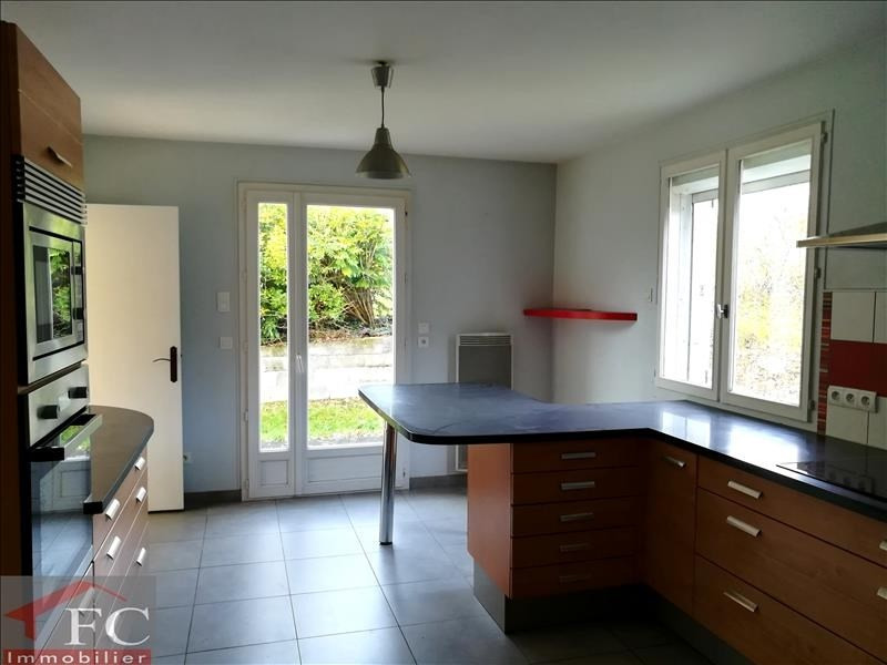 Sale house / villa Reugny 214 500€ - Picture 2
