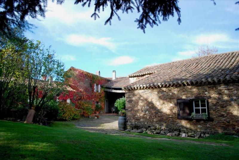 Sale house / villa Villefranche-d'albigeois 495000€ - Picture 1