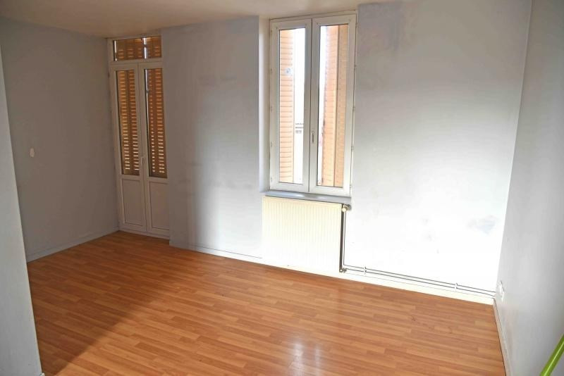 Rental apartment Oyonnax 391€ CC - Picture 3