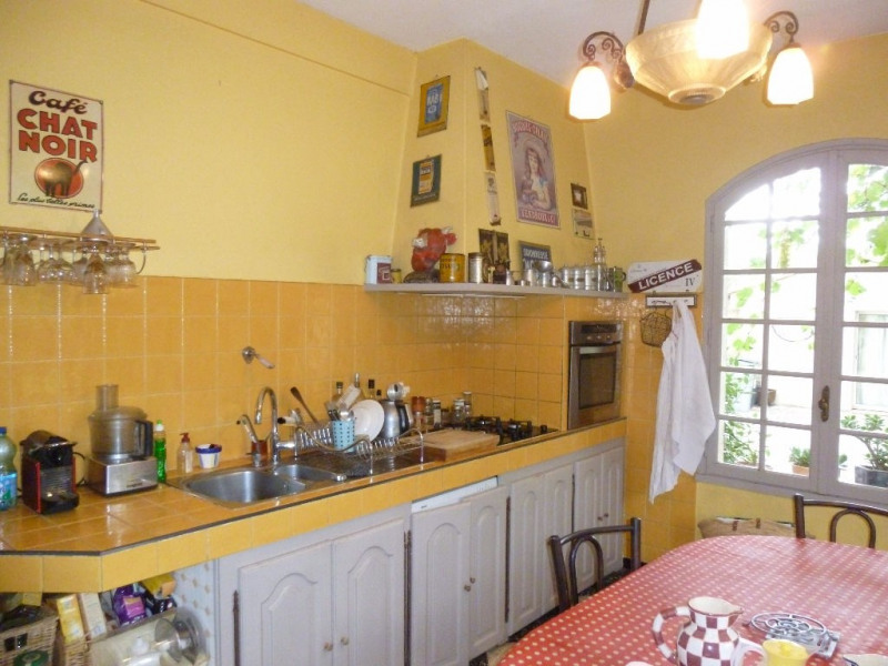 Sale house / villa Marguerittes 500 000€ - Picture 2