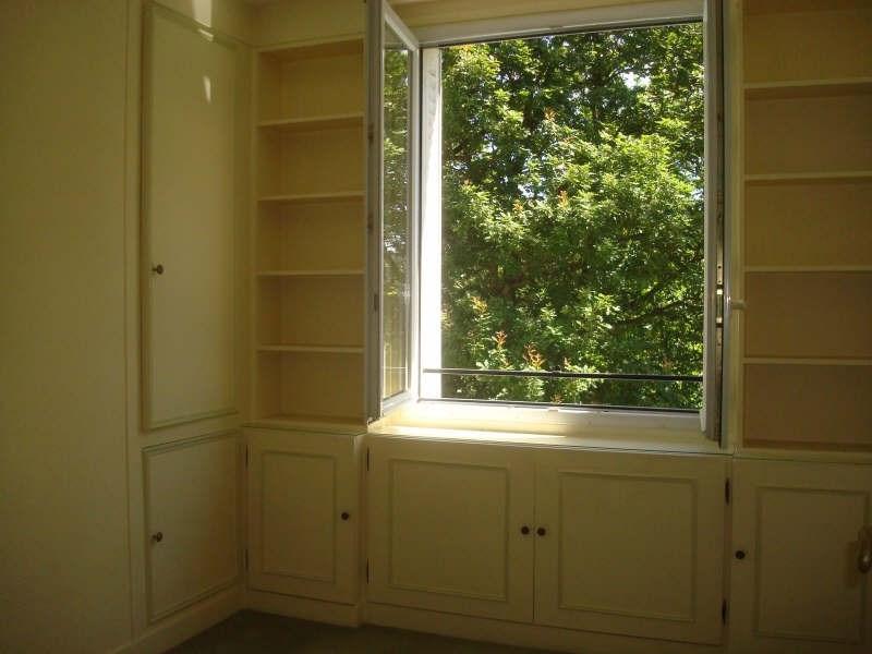 Sale apartment La celle st cloud 220000€ - Picture 2