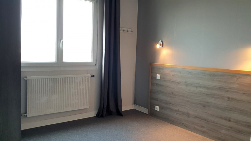 Sale apartment Quimper 96 120€ - Picture 5