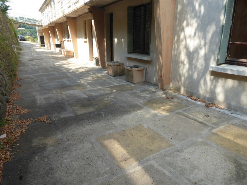 Location appartement Aubenas 647€ CC - Photo 12