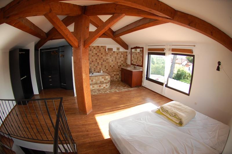 Vente maison / villa La seyne sur mer 365000€ - Photo 4